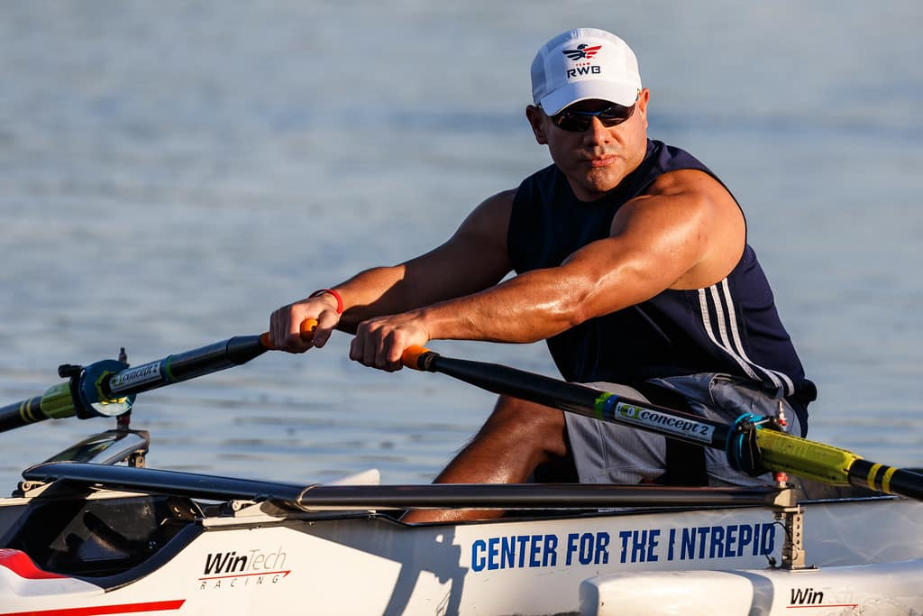 Bennie Jose Perez rowing in 2016 Space City Sprint